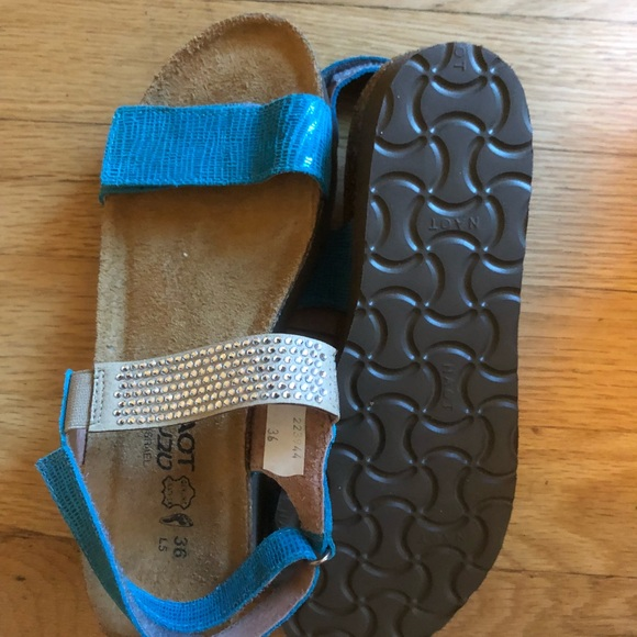 9ee74f4e79ce Women s NAOT brand new sandals
